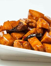 Pui cu bambus - Pui şi Raţă - Restaurantul cu specific chinezesc, KungFu King, cu livrare la domiciliu vă oferă cea mai bună mâncare chinezească din Bucureşti, fapt confirmat de clienţii noştri. Acum puteţi face comanda online şi vă puteţi, astfel, bucura de ofertele speciale oferite de restaurantul chinezesc KungFu King din Bucureşti.
