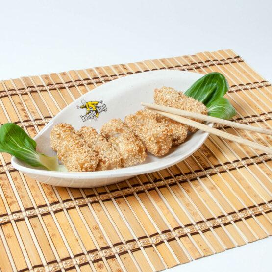 Peşte cu susan - Peşte - Restaurantul cu specific chinezesc, KungFu King, cu livrare la domiciliu vă oferă cea mai bună mâncare chinezească din Bucureşti, fapt confirmat de clienţii noştri. Acum puteţi face comanda online şi vă puteţi, astfel, bucura de ofertele speciale oferite de restaurantul chinezesc KungFu King din Bucureşti.