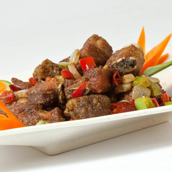 Coaste de porc - Porc - Restaurantul cu specific chinezesc, KungFu King, cu livrare la domiciliu vă oferă cea mai bună mâncare chinezească din Bucureşti, fapt confirmat de clienţii noştri. Acum puteţi face comanda online şi vă puteţi, astfel, bucura de ofertele speciale oferite de restaurantul chinezesc KungFu King din Bucureşti.