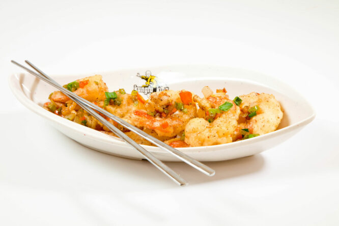 Creveţi KungFu King - Fructe de mare - Restaurantul cu specific chinezesc, KungFu King, cu livrare la domiciliu vă oferă cea mai bună mâncare chinezească din Bucureşti, fapt confirmat de clienţii noştri. Acum puteţi face comanda online şi vă puteţi, astfel, bucura de ofertele speciale oferite de restaurantul chinezesc KungFu King din Bucureşti.