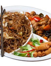 Meniul Jian Reeste alegerea perfectă pentru o masă deliciosă, în doi, la început de primăvară, ce conţine o porţie de pacheţele de primăvară (14 buc.),2 feluri principale, două garnituri, două salate şi două băuturi. Alege mâncare chinezească de calitate, marca KungFu King. Acum puteţi face comanda online şi vă puteţi, astfel, bucura de ofertele speciale oferite de restaurantul chinezesc KungFu King din Bucureşti.